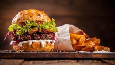 Dieses Foto zeigt das Titelbild des Artikels Wenn der Hunger kommt: Nachtimbisse in München